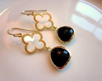 Black Earrings Gold Clover - Bridesmaid Earrings - Bridal Earrings - Wedding Earrings - Valentines Day Gift