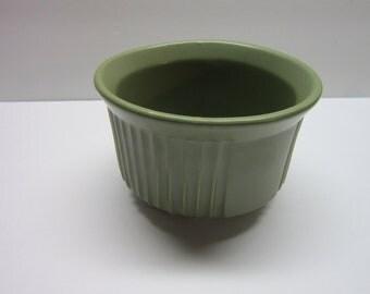 McCoy Matte Green Planter 5 x 3 round pot  Number 138