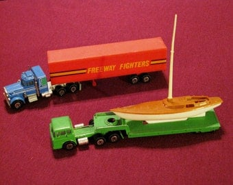 Vintage Yatming Die Cast Tractor-Trailer Toys