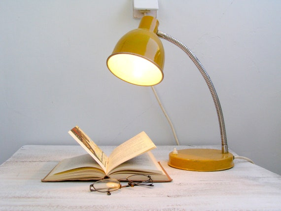 Vintage Mid century Table lamp, Mustard office table lamp, metal classic design, student table, dorm decor,  man office, mad men, Autumn