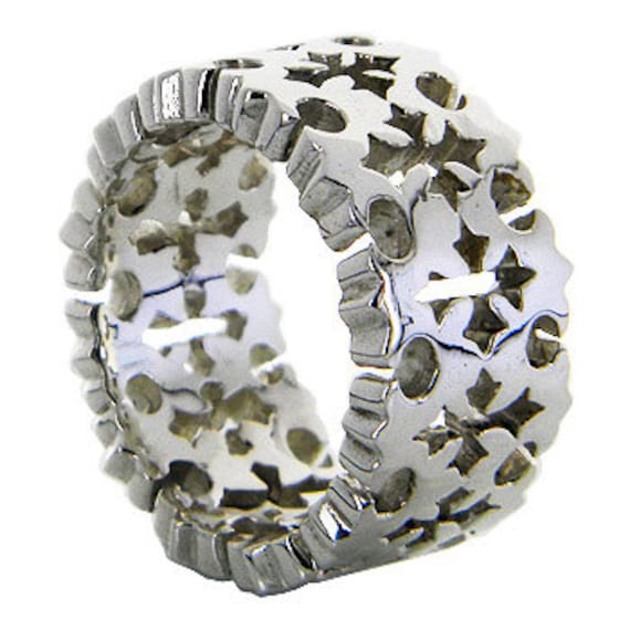 Holly Maltese Cross Design Ring, Heavy Weight Sterling Silver Band Ring,  Suitable only for the Ring Finger Size 8 and above  (PLRJK 566 )
