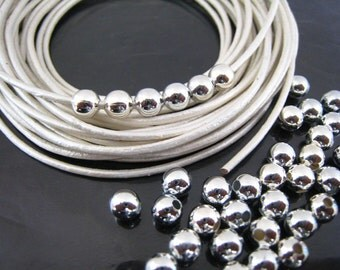 Finding - 20 pcs Silver Round Ball Spacer Beads with Hole ( 5mm, Hole fit for 1.5 mm )