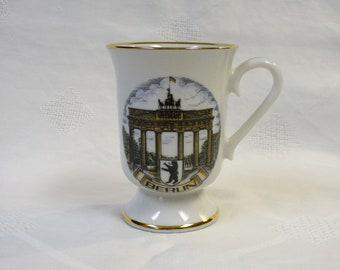 Souvenir Brandenburg Gate Berlin Germany Coffee Tea Cup Mug Vintage