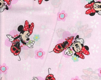 Minnie Mouse Personalized Kindermat Cover - Pink