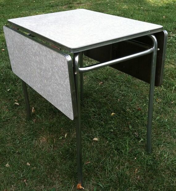 vintage formica kitchen drop leaf table. Black Bedroom Furniture Sets. Home Design Ideas