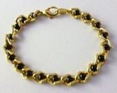 Vintage 70's AVON Goldtone Onyx Link Bracelet