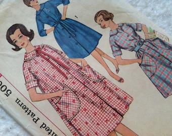 Vintage Simplicity Women's Robe Pattern