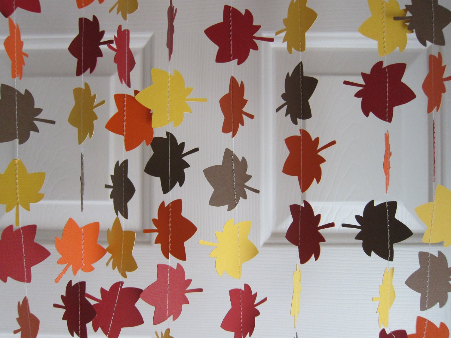 Fall garland leave garland autumn decorations thanksgiving for Autumn classroom door decoration ideas