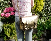 A stunning satchel bag fully hand made and hand stitched in lovely Italian real leather.