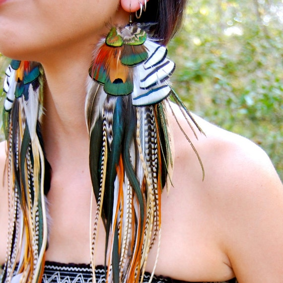WOODLAND TRIBE Long Feather Earrings