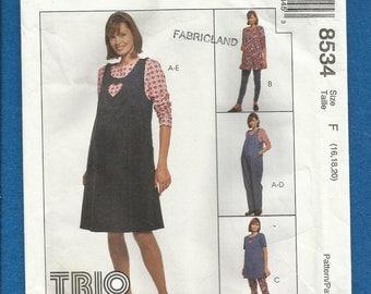 McCalls 8534 Maternity Jumper Jumpsuit Tunic Dress Tee Shirt and Leggings  Sizes 16 18 20
