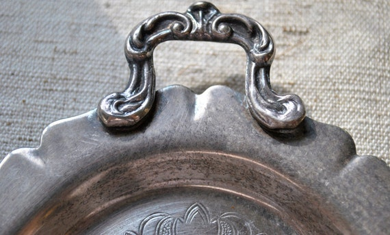Vintage Silver Tray Pilgrim silverplate beatiful details