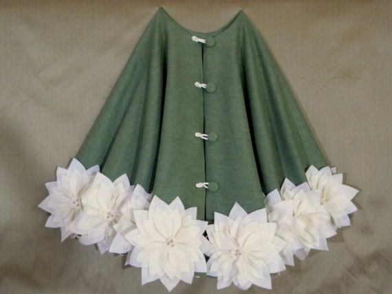 """REDUCED - 65"""" Christmas Tree Skirt in Olive Green with Ivory poinsettas sewn around the bottom. FREE SHIPPING"""""""