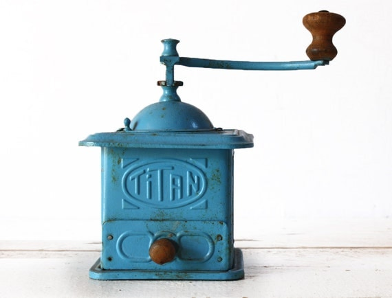 VERY DECORATIVE Turquoise TITAN Metal coffee grinder