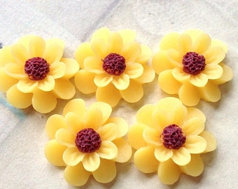 18 mm Yellow Colour Resin Marigold Flower (.ag)