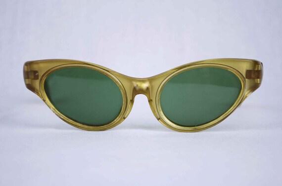 1950s Cat Eye Sunglasses, Women's Vintage Eyewear