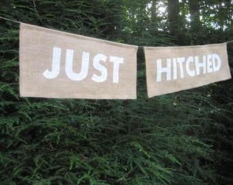 Burlap Banner, Just Hitched, Rustic Wedding Sign, Rustic Wedding, Burlap Wedding