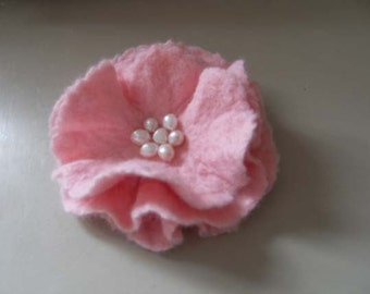 Felt Flower Brooch pin Wool Pink with Fresh Water Pearls Hair Clip Wedding Bridesmaid PROM Corsage gift for her under 25 ready to ship