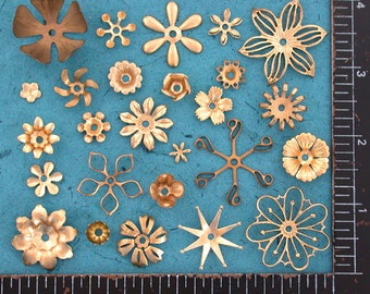 Flowers, Vintage Style,Supplies,Scrap booking,Collage,Craft Supplies,Jewelry Supplies,Made in USA,Wedding Supplies,Brass Flowers, STA-042
