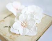 Bridal Ivory Flower Bobby Pins (3pcs)  Ivory Hydrangea Small Hair Flowers Wedding Bridal Hair Accessories Boho Woodland