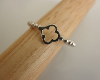 Clover sterling  silver ball  ring