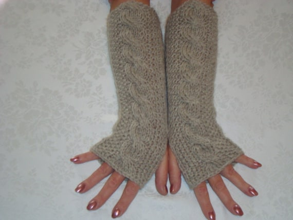Knitting Arthritis : Cable fingerless gloves knit wrist arm warmers oatmeal