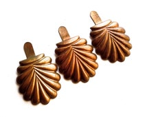 VINTAGE: Pair of Large Copper Shoe Clips - Stampings - Charms - Attachments - (7-A4-00005723) OS no