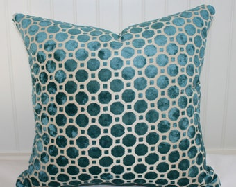 SALE  / IN STOCK /  Robert Allen Teal Geometric Pillow Cover / 16 X 16 / Upholstery with natural canvas back