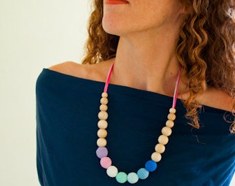 Silk Mama Rainbow Nursing Necklace/Teething Necklace by SimplyaCircle-Breastfeeding Necklace-Eco-Friendly-Mother's day