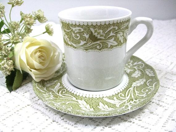 8 J & G MeakinTeacups English Ironstone Renaissance Pattern Vintage