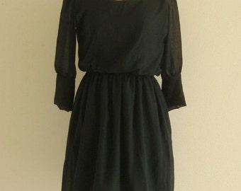 Mini Polite Black Dress-Simple simple but not simple