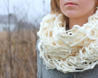 Women infinity scraf - white felted scarf - made to order