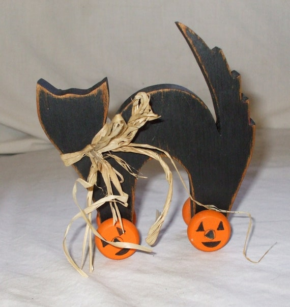 Vintage Halloween Wooden Black Cat on Wheels