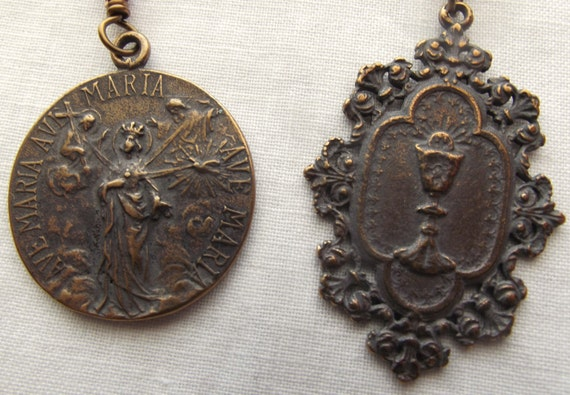 3 Hail Mary Devotion Chaplet Rosary or 3 Privileges of Mary