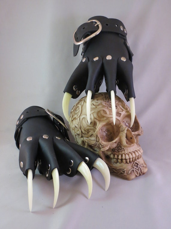 how to make claw gauntlets