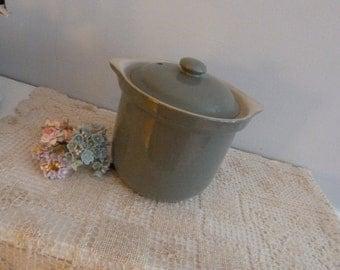 Clearance Sale -Grey Hall Bean Pot