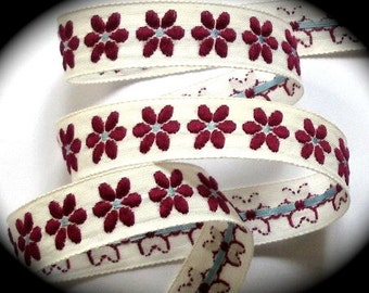 """Vintage Ribbon  - 5/8"""" x 5  yds. Natural, Maroon with blue center of Flower"""