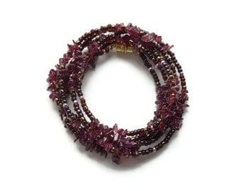 Gemstone Necklace/Bracelet Garnet Peridot Iolite Moonstone Magnetic Clasp Women's Healing Gemstone Jewelry January August Birthstones Leo