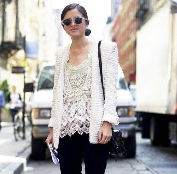 Gorgeous Vintage Women Boho Crochet Bolero Vest Off - White fashion Top Singlet Handmade.