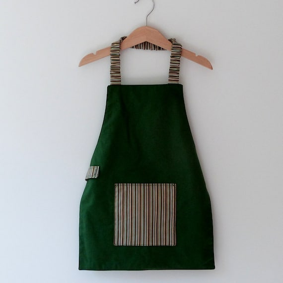 Child's Montessori Apron, Kelly Green and Brown, Fits 3-7