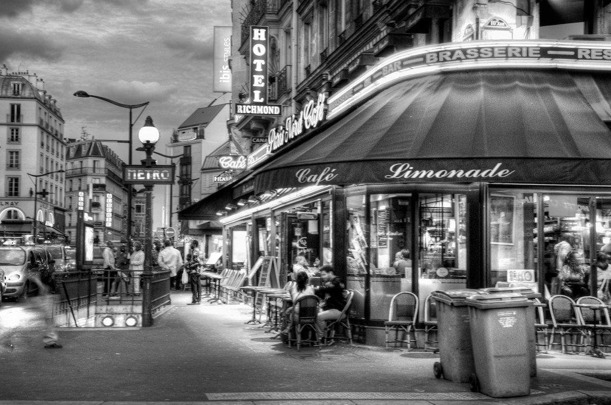 paris france cafe night street lights french photographic. Black Bedroom Furniture Sets. Home Design Ideas