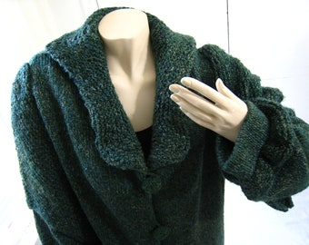 Long Forest Green Coat, that vintage look