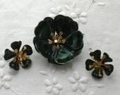 Brooch and Earrings - Enameled Flower - Green - Vintage