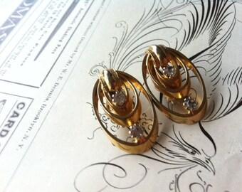 Vintage Gold Tone Clear Rhinestone Clip On Earrings