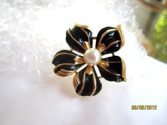 Trifari Black Enamel Pearl Flower Brooch 1960s Vintage Jewelry