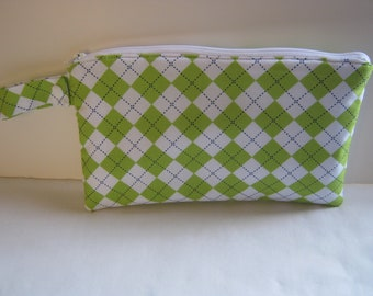 Insulated Reusable Snack Bag in Green