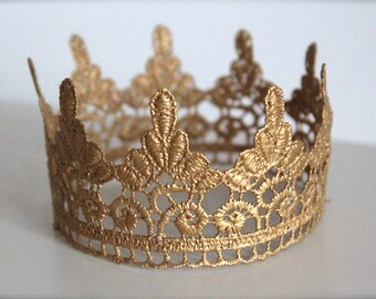 Gold Scalloped Crown for Boy or Girl - Perfect Newborn Photo Prop