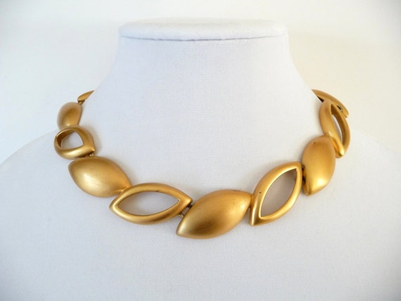 Monet Choker Necklace Linked Leaf Design In Brushed Gold Vintage Costume Jewelry