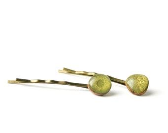 Green wood bobby pins , bridal hair pin bridesmaid gift eco friendly  , hair accessories , green hair pins , holiday accessories