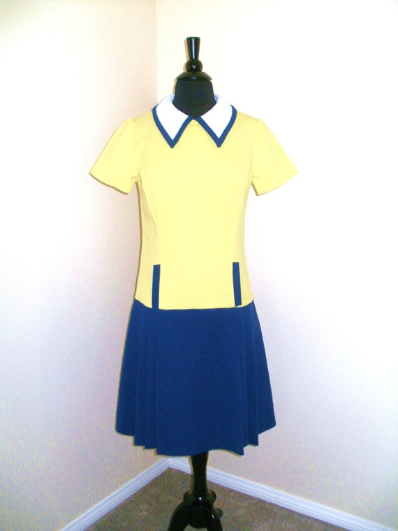 1960s Mod Dress - Color Block - Drop waist - Scooter - Shift - Peter Pan collar